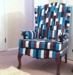 Kursi_Wow, 6 Karya Seni Ini Dibuat dari Lakban
